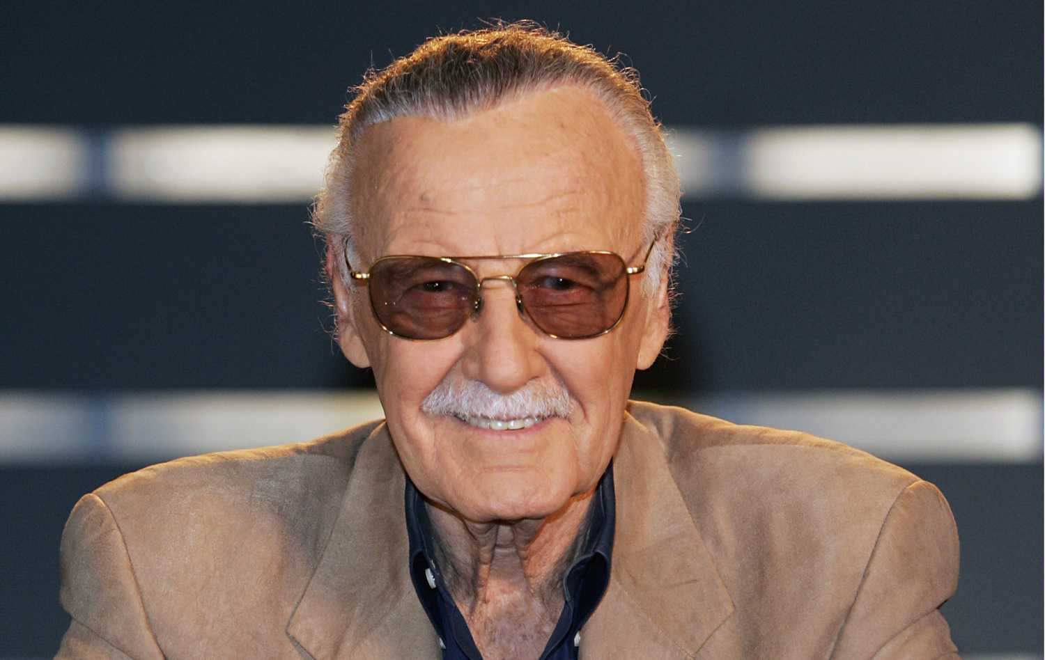 Marvel Comic Book Legend Stan Lee Throws His Support Behind Ben Affleck