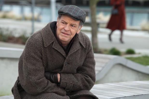 Fringe Vet John Noble Enters The Town Of Sleepy Hollow