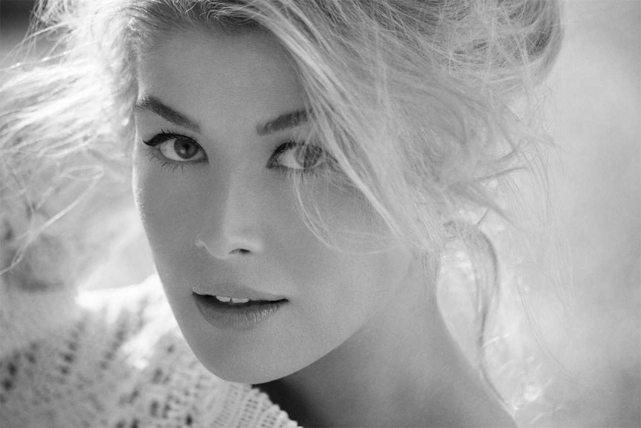 Rosamund Pike Joins The Cast of ITV's Thunderbirds