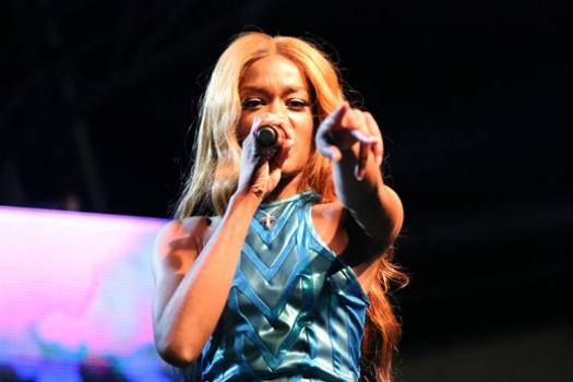 Azealia Banks Storms Off Melbourne Stage Following Can Incident