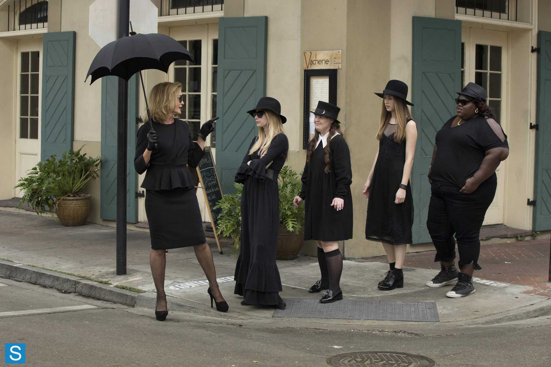 AHS: Coven Teaches Us the Power of 'Bitchcraft' in SHOCKING Premiere