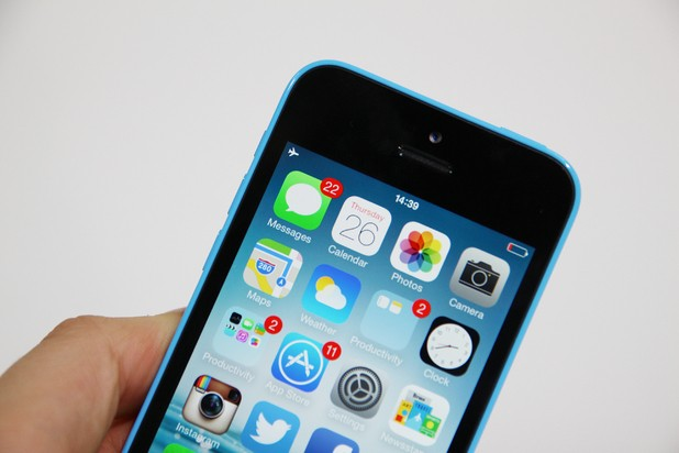 iPhone 5C Production Reduced To Due To Lack Of Demand