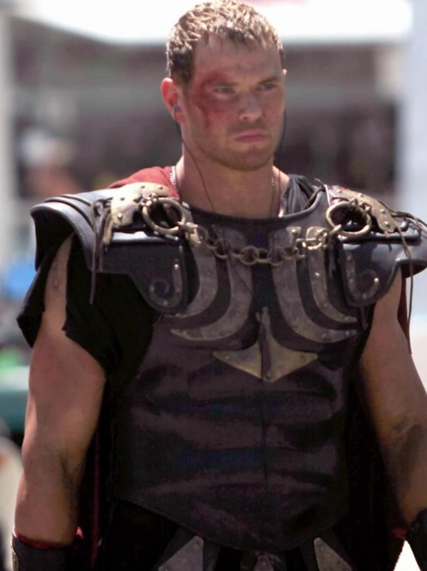 Kellan Lutz Channels His Inner Greek Hero In Hercules: The Legend Begins Trailer