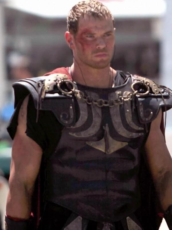 Kellan Lutz Channels His Inner Greek Hero In Hercules: The Legend Begins Trailer