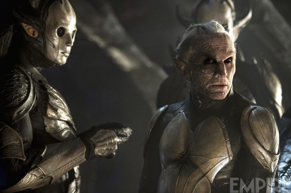 Malekith Awakens In New Thor: The Dark World Clip