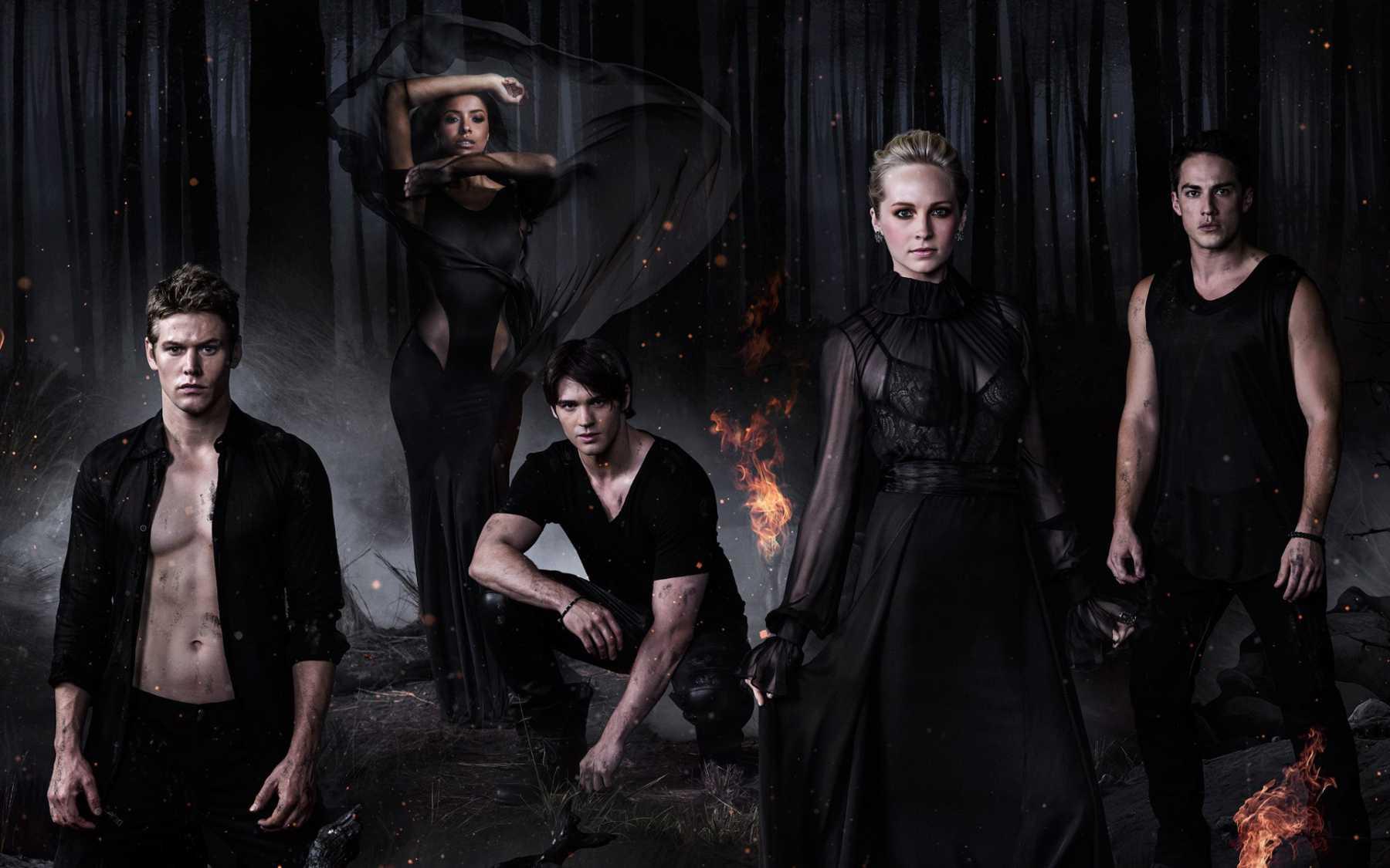 The Vampire Diaries Returns To UK This Month