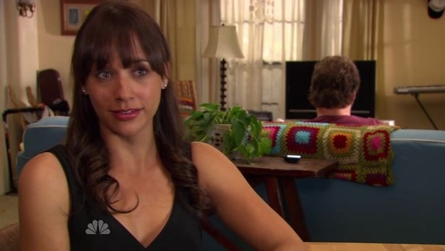 Parks And Rec's Rashida Jones Asks Young Women To