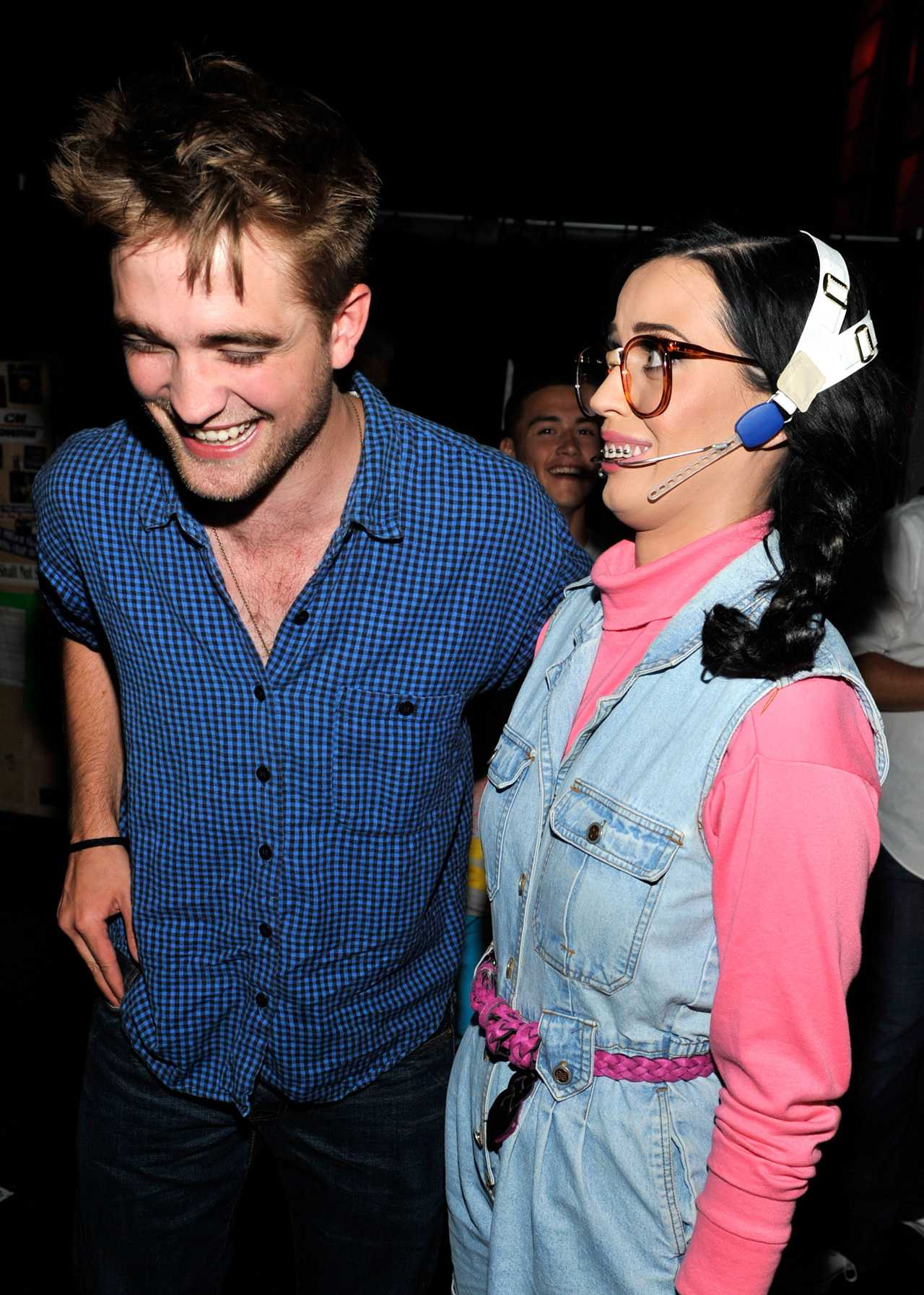 Pop Of Fun: Katy Perry And Robert Pattinson Drunkenly Sing Boyz II Men And It's Fantastic