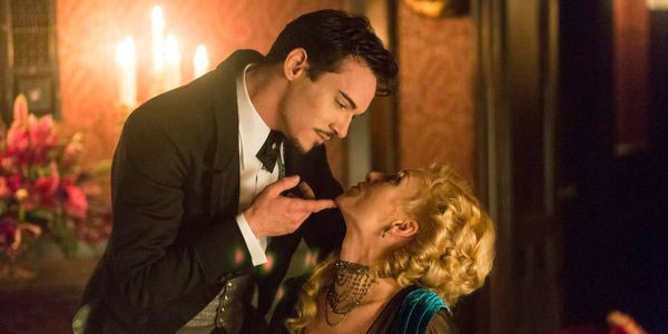 Dracula's Pilot Delivers With Sex Appeal And High Victorian Fashion