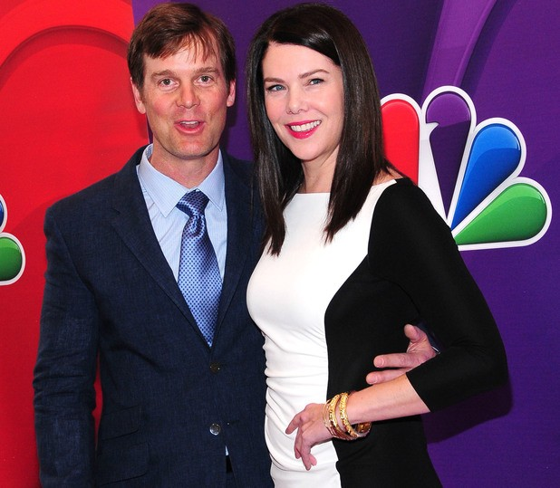 Peter Krause and Lauren Graham Speak Out About Their Parenthood Romance