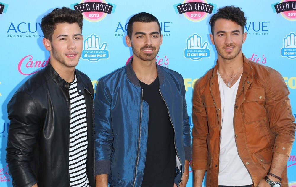 Jonas Brothers Officially Call It Quits