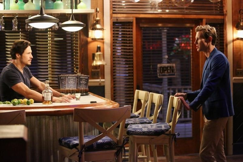 Emily's Friendships And Grayson Manor Crumble In 'Dissolution' On This Week's Revenge