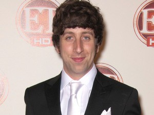 Big Bang Theory's Simon Helberg To Make Directorial Debut With We'll Never Have Paris