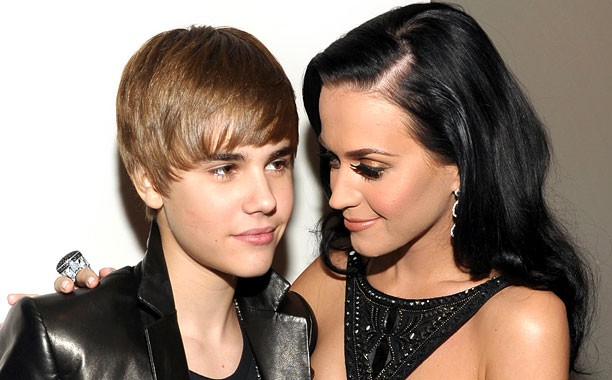 Move Over Justin Bieber Katy Perry Now Rules The World Of Social Media