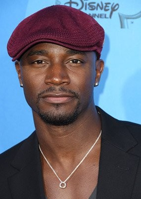 Taye Diggs Bares All As Guest Star On New Girl