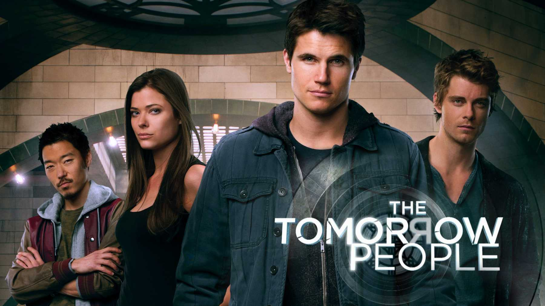 Robbie Amell Gives Us A Glimpse Into The Future Of The Tomorrow People