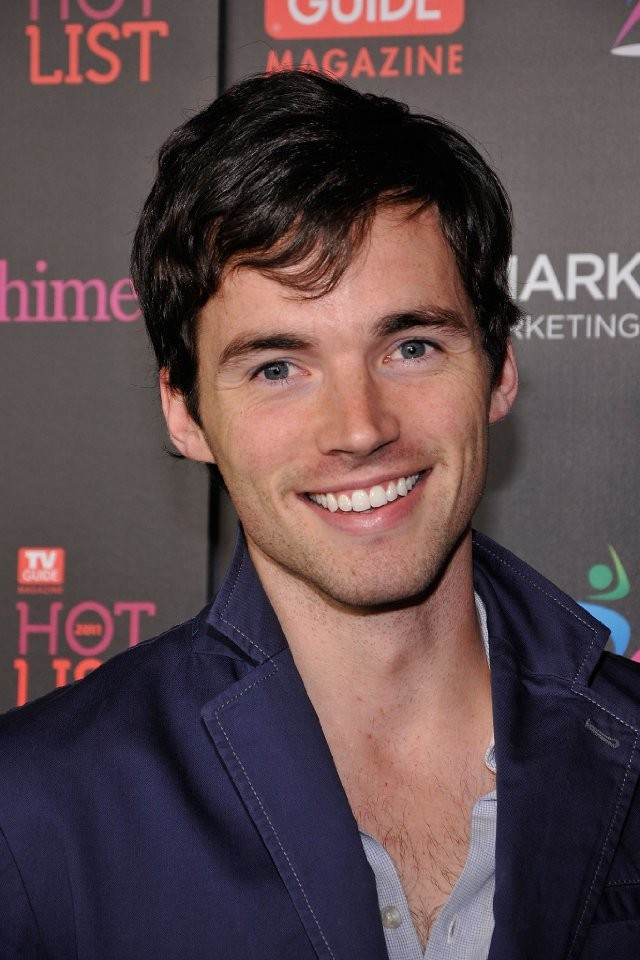 Ian Harding And Others Reveal How They Decided To Pursue The Business That Is Show