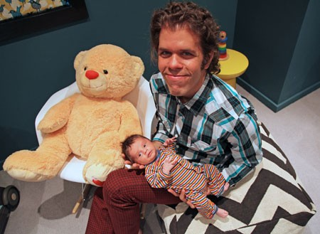Perez Hilton To Star In Reality Show About Gay Dads