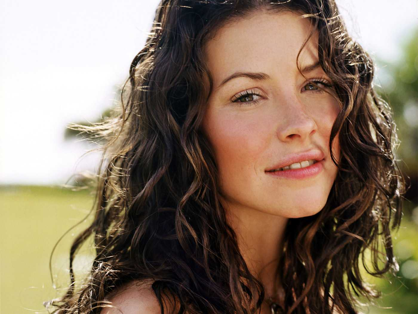Evangeline Lilly Opens Up About Her Struggle With Depression