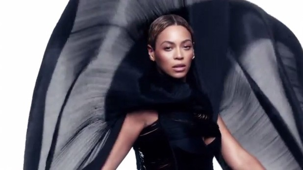 Beyonce's Surprise Album To Debut At Number One On The Billboard Charts