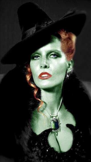 Rebecca Mader Is Bringing The Wicked Witch Of The West To Once Upon A Time