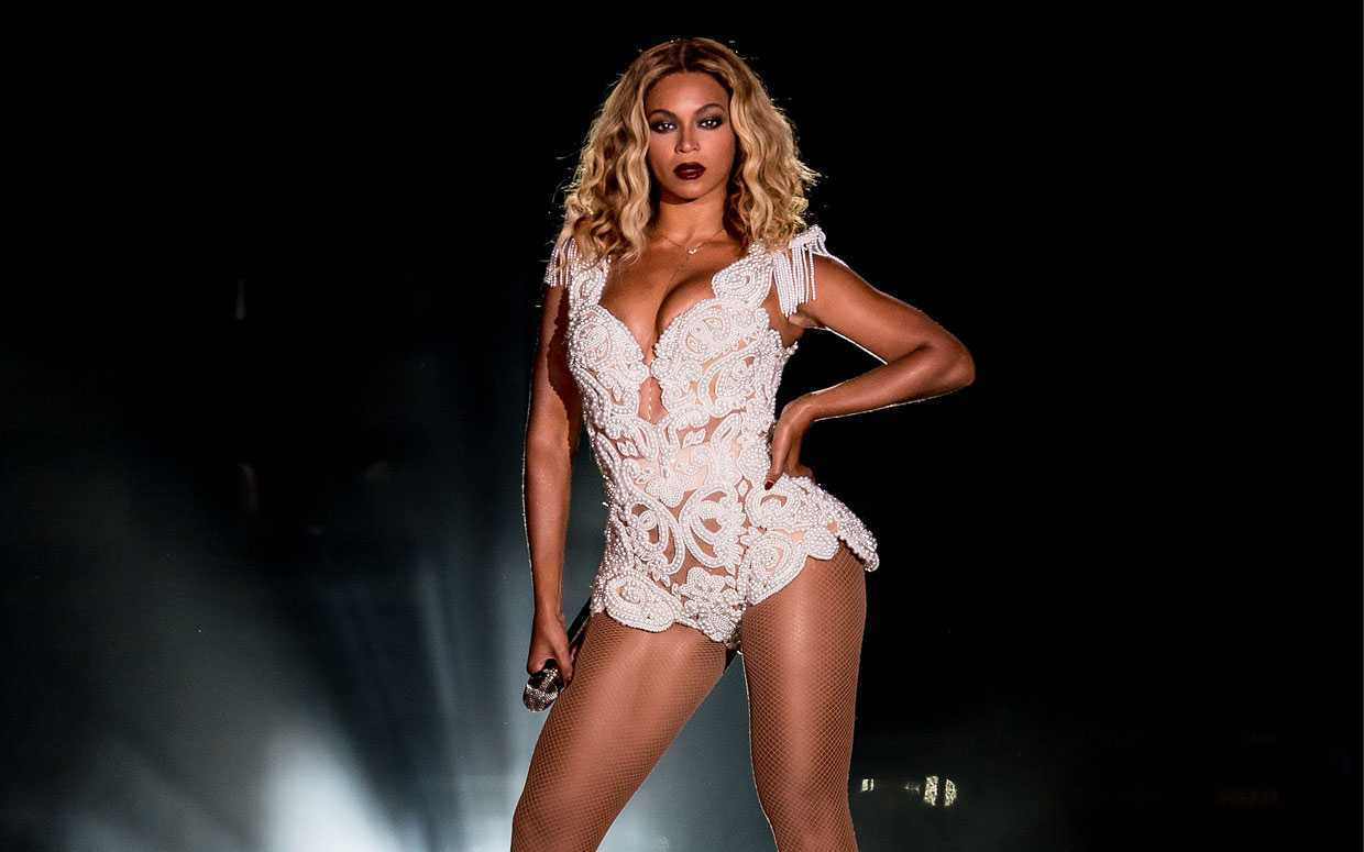 Beyonce's Surprise Album Becomes Fastest Selling Digital Album Ever