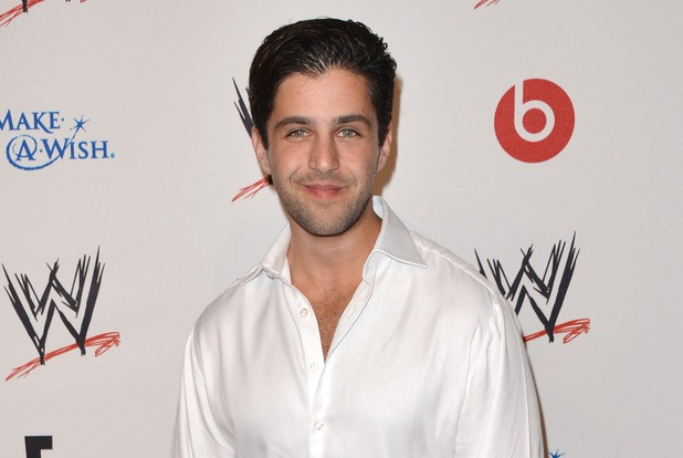 The Big Bang Theory Casts Drake And Josh Star Josh Peck As Rival Comic Store Owner