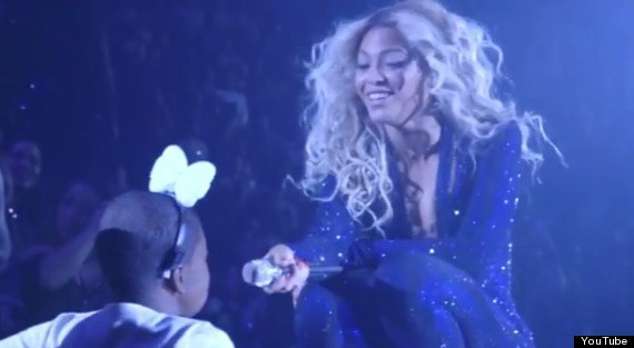 Pop Of Love: Beyoncé Grants Dying Fan's Wish By Singing With Her Onstage