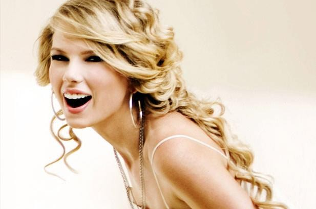 Taylor Swift Gets Ranked Most Charitable Celebrity Of 2013