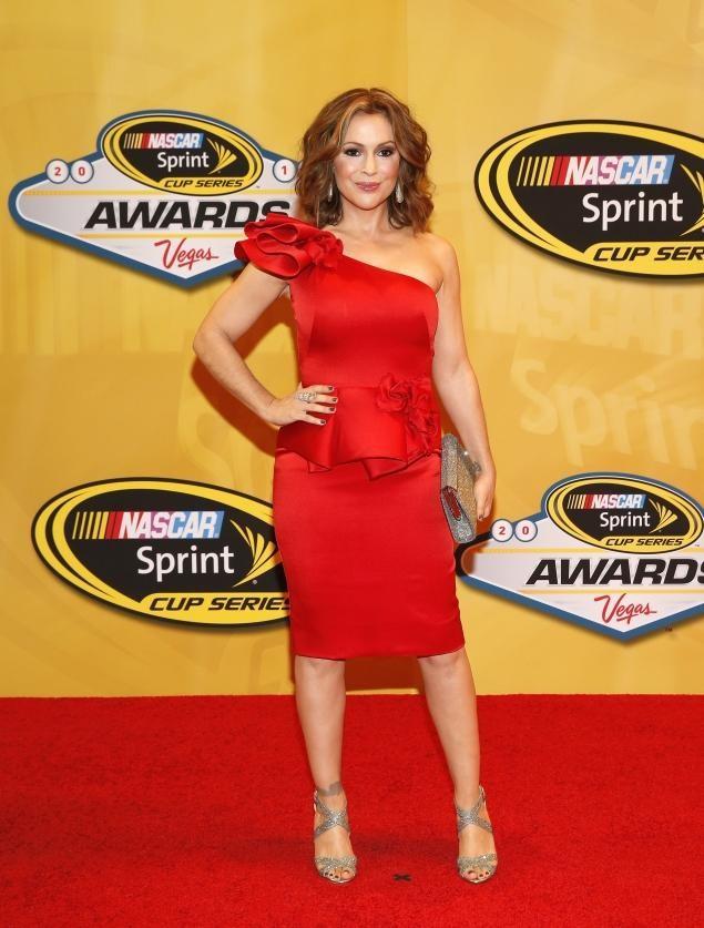 Alyssa Milano Hits Back At Jay Mohr's Post-Baby Fat-Shaming