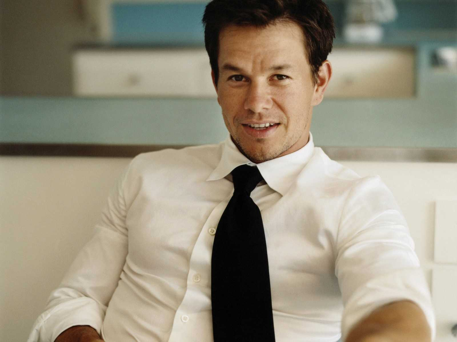 Mark Wahlberg Admits He's Jealous Of One Direction