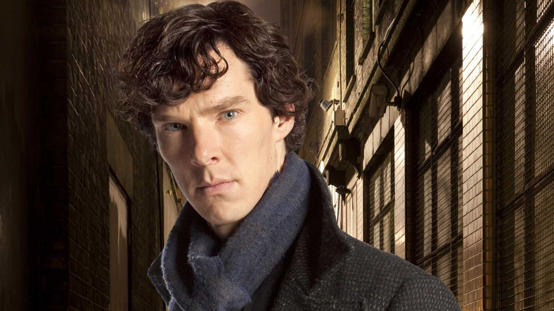 Benedict Cumberbatch Can't Wait To See Peter Capaldi's Doctor