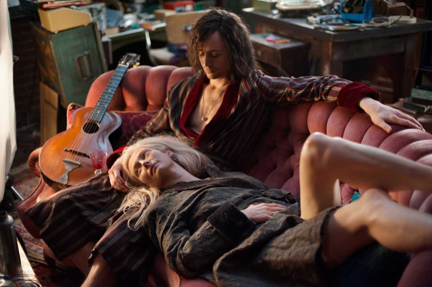 Only Lovers Left Alive Final Trailer Shows Off Tom Hiddleston's Goth Life