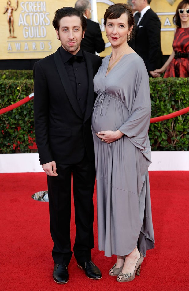 Big Bang Theory Star Simon Helberg And Wife Expecting Baby Number Two