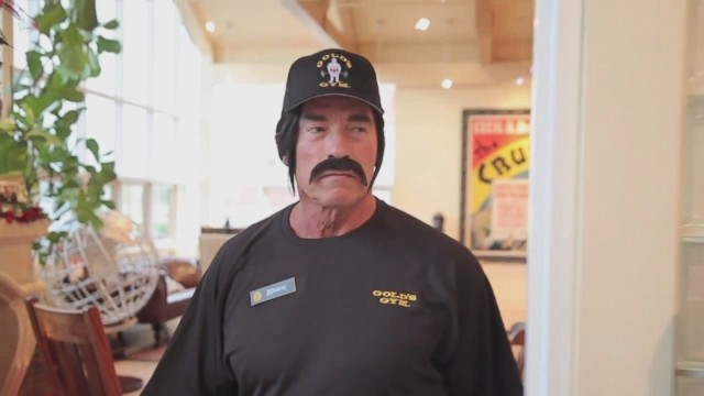 Arnie Plays A Prank On Gold Gym Goers To Raise Money For Charity