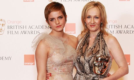 Emma Watson Gets JK Rowling To Reveal Some Earth Shattering Secrets About Ron And Hermoine