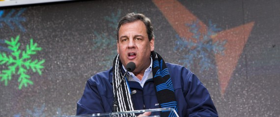 Governor Chris Christie Booed During Super Bowl Hand Off