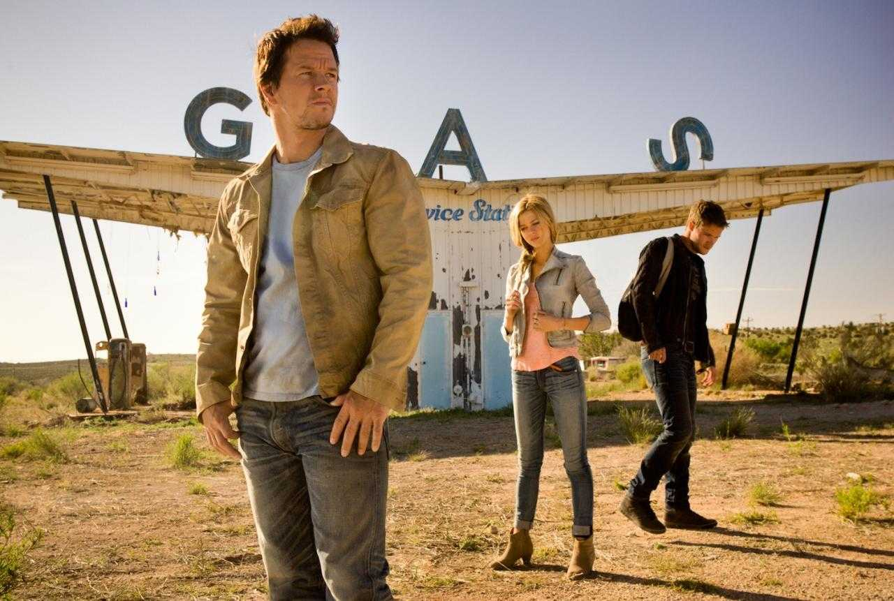 Dinobots Make Debut In First Trailer For Transformers: Age of Extinction