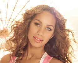 Leona Lewis Gets