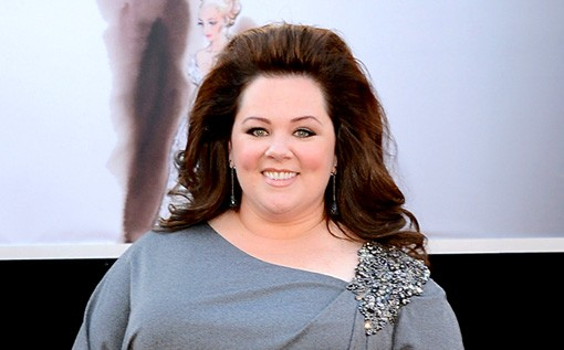 Melissa McCarthy Robs A Burger Joint In Our First Look At