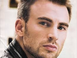'Captain America' Chris Evans to Be Daytona 500 Grand Marshal