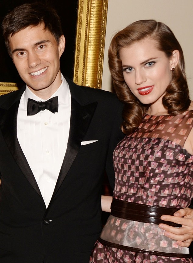 Allison Williams And Ricky Van Veen: Engaged!