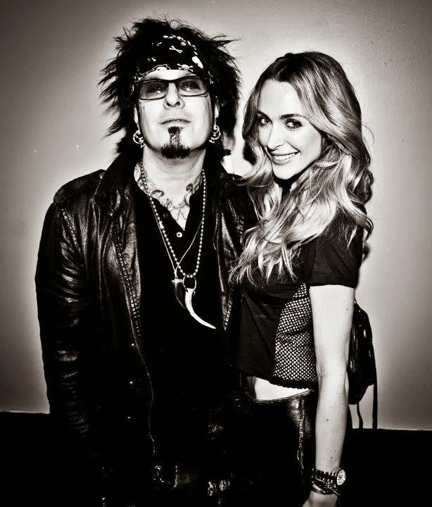Motley Crue Bassist Nikki Sixx Marries 'How 2 Girl' Courtney Bingham