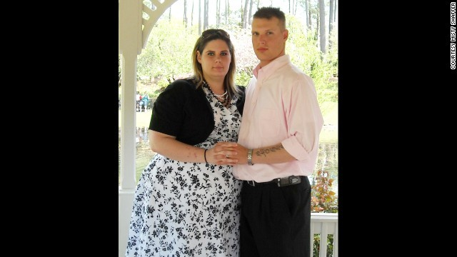Military Wife Surprises Husband by Dropping More Than 100 Pounds
