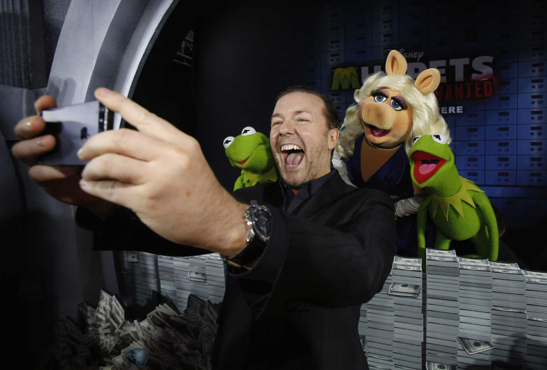 Ricky Gervais And Kermit The Frog's Doppelganger Reveal New