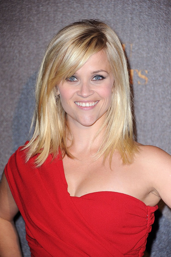 Reese Witherspoon To Produce Movie Adaptation of New Trilogy