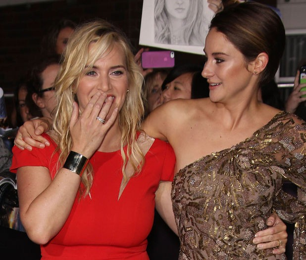 Kate Winslet Receives Replica Of Titanic Nude Sketch From A Talented Fan At Divergent Premier