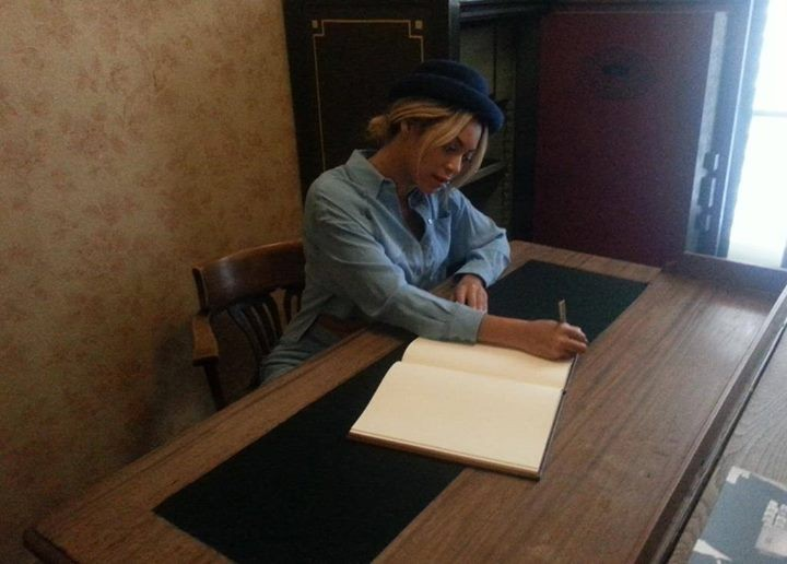 Beyonce And Jay Z Tour Anne Frank House