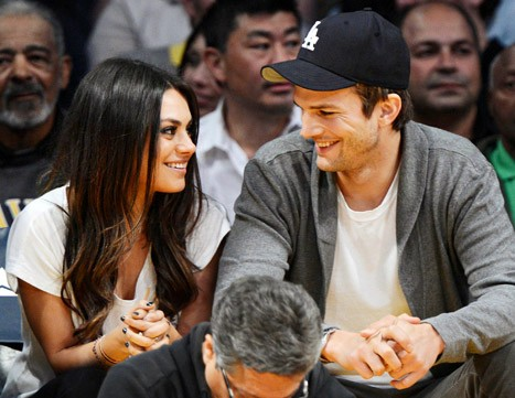 That 70s Baby! Mila Kunis And Ashton Kutcher Announce That They're Expecting