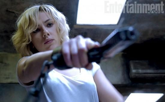 Scarlett Johansson Brings Magical Butt Kicking Powers To New Film